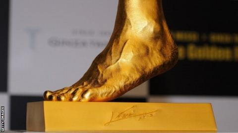 Gold replica of Messi's foot