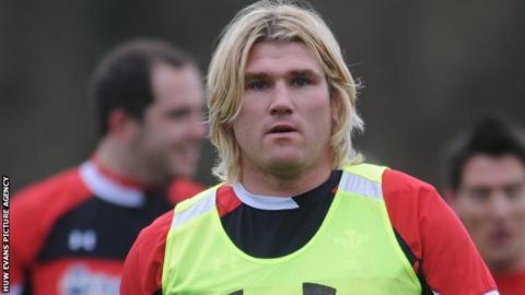 Wales hooker Richard Hibbard