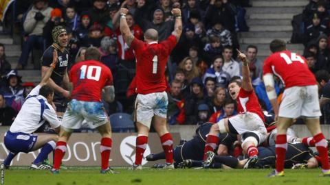Wales hooker Richard Hibbard scores the first try in the Six Nations game away to Scotland
