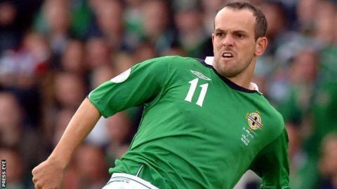 Former NI star Stuart Elliott agrees to leave Glentoran