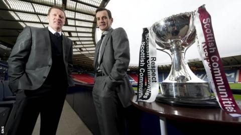 Hearts manager Gary Locke and St Mirren boss Danny Lennon