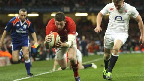 Alex Cuthbert scores for Wales against England