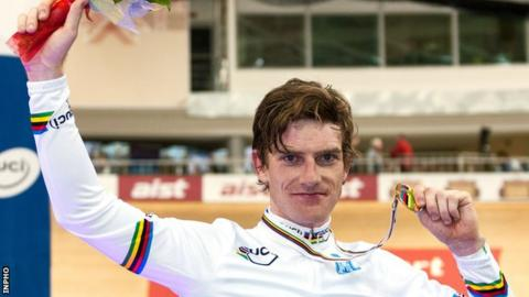 Martyn Irvine with his gold medal at the World Track Championships