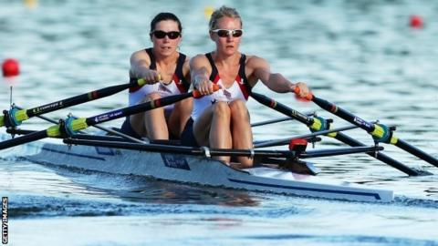 Kathryn Twyman and Imogen Walsh compete in the lightweight doubles in Sydney