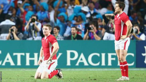 Defeat in the Hong Kong Sevens final against Fiji leaves Wales dejected