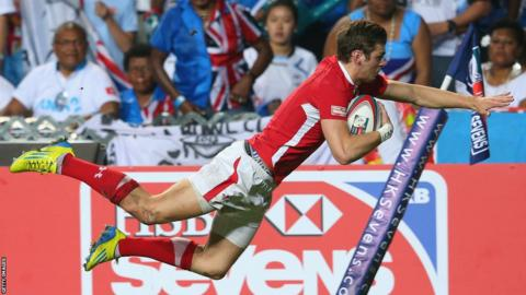 Alex Webber goes over as Wales establish a 19-0 half-time lead in the IRB Hong Kong Sevens final