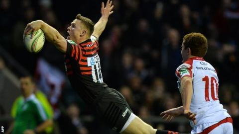 Chris Ashton dives over for Saracens' second try