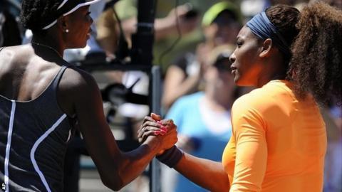 Serena Williams thrashes sister Venus in Charleston semis