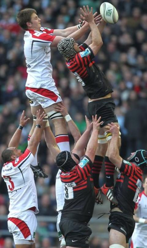 Ulster flanker Iain Henderson and Alistair Hargreaves contest an early line-out