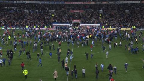 Celebrations as Cardiff win promotion