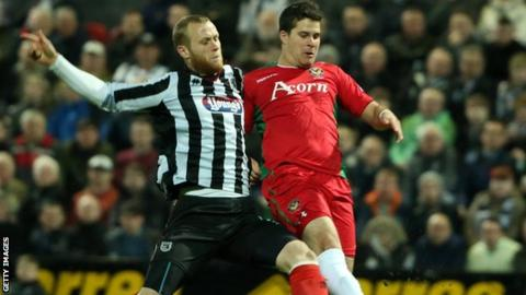 Grimsby Town v Newport County