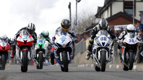 Action from the start of the Supersport 600 race at the sun-drenched Cookstown 100 races