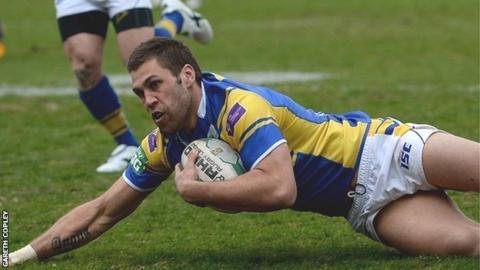 Joel Moon scores for Leeds against Hull KR
