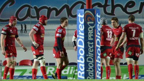 The Scarlets inquest begins behind their own posts after conceding a fourth and final try in their 17-41 defeat by Treviso, but the Welsh region reach the semi-finals