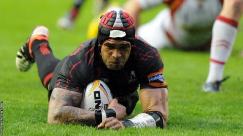 Netani Talei dvies over for a first half Edinburgh try against Newport Gwent Dragons