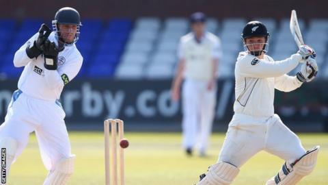 BJ Watling hits out against Derbyshire