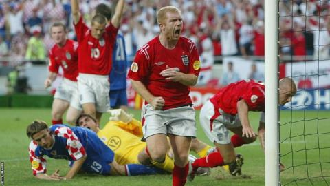Paul Scholes scores the equaliser for England against Croatia at Euro 2004