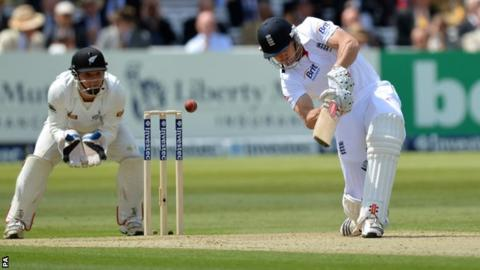 Nick Compton slices a drive to point