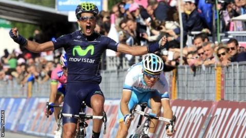 Benat Intxausti celebrates his stage win