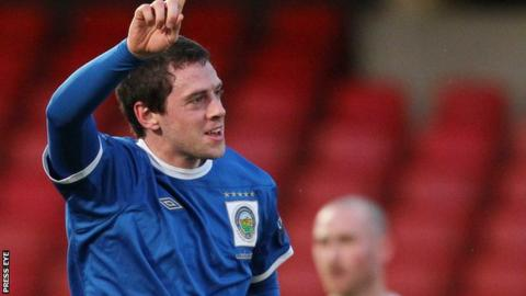 Gary Browne has signed for Coleraine