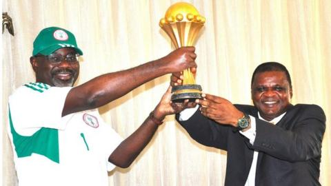 Nigeria Football Federation vice-president Mike Umeh (right)