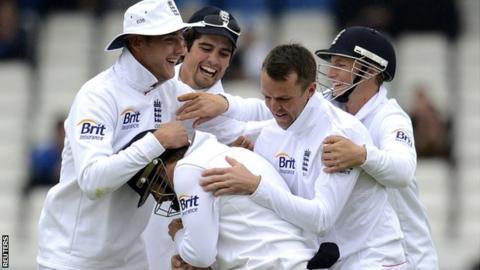 England celebrate at Headingley