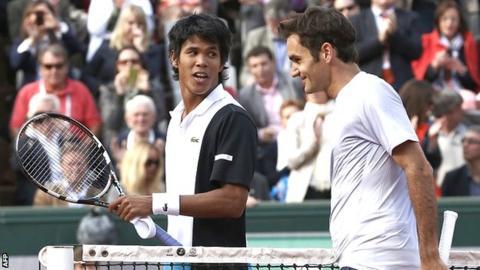 Somdev Devvarman and Roger Federer