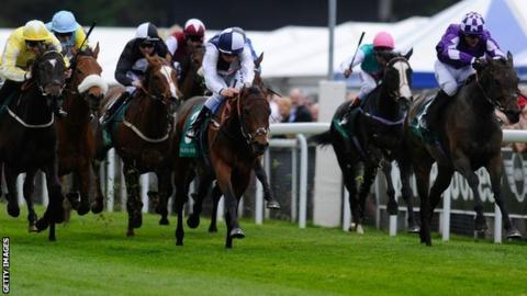Banoffee (right) wins the Chester Cup