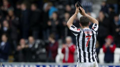 Dougie Imrie is leaving St Mirren
