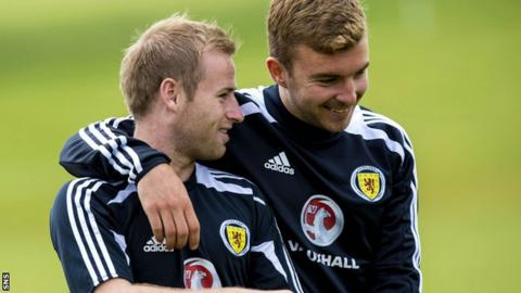 Barry Bannan and James Morrison in training