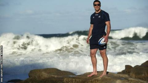 Kelly Brown enjoys a visit to Durban Bay ahead of Saturday's Test
