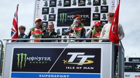 Supersport podium