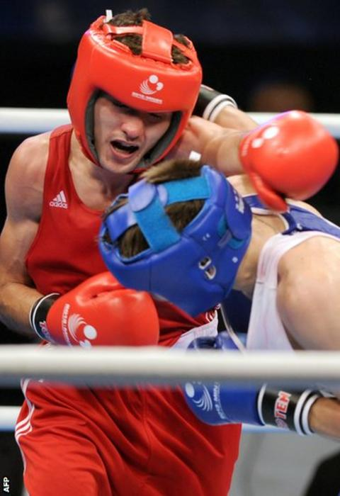 Wales' Andrew Selby defends his European flyweight with victory over Ireland's Michael Conlan at the European Amateur Championships in Minsk
