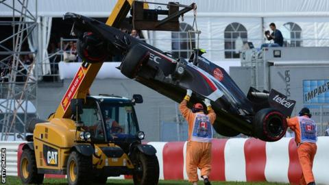 Marshal dies at Canadian GP after accident involving recovery truck