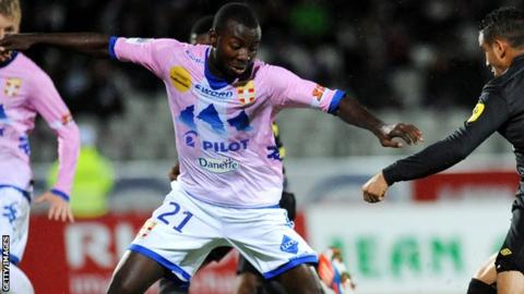 Cedric Mongongu in action for Evian