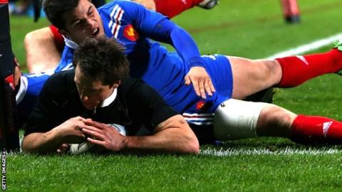 New Zealand's Ben Smith scores the opening try
