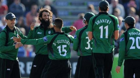 Worcestershire players celebrate