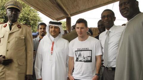 Lionel Messi (centre) in Senegal