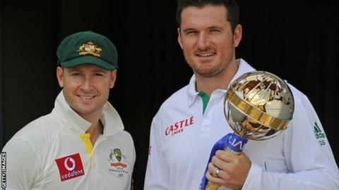 Australia captain Michael Clarke and South Africa skipper Graeme Smith with the ICC Test Mace