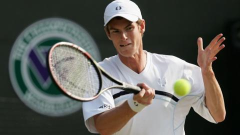 Andy Murray beats Radek Stepanek
