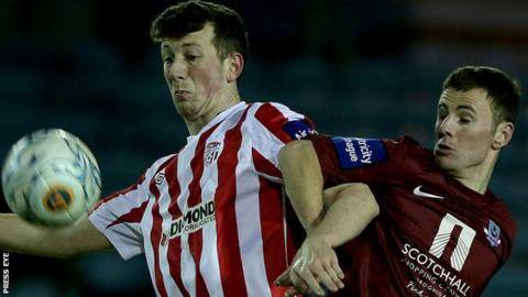 Shane McEleney of Derry City and Drogheda United's David Cassidy