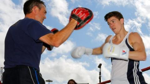 Luke Campbell (right)