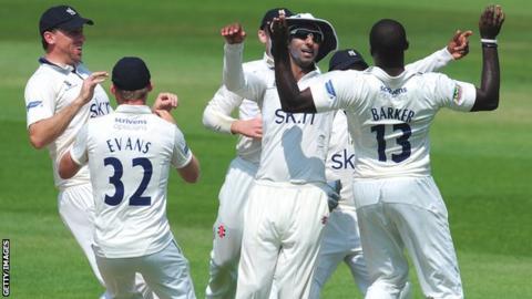 Warwickshire celebrate