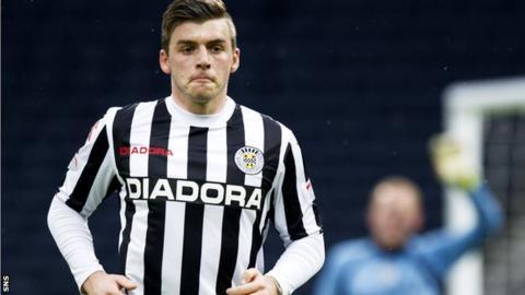 Graham Carey in action for St Mirren