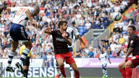 Darren Pratley scores