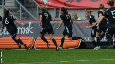 Glasgow celebrate Rachel Corsie's opening goal