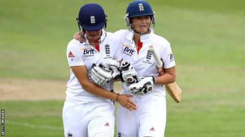 Sarah Taylor and Charlotte Edwards
