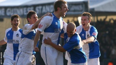 Rickie Lambert scoring for Bristol Rovers