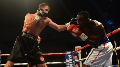 Enzo Maccarinnelli takes on Ovill McKenzie for the Commonwealth light-heavyweight title