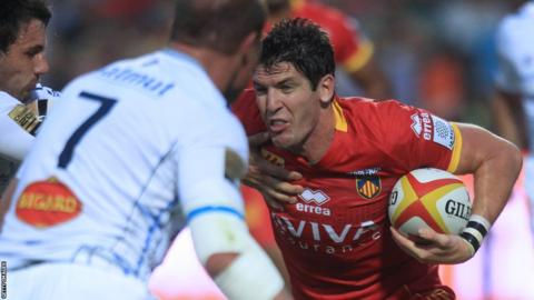 Perpignan's James Hook takes on Castres as the 2013-14 French Top 14 gets underway